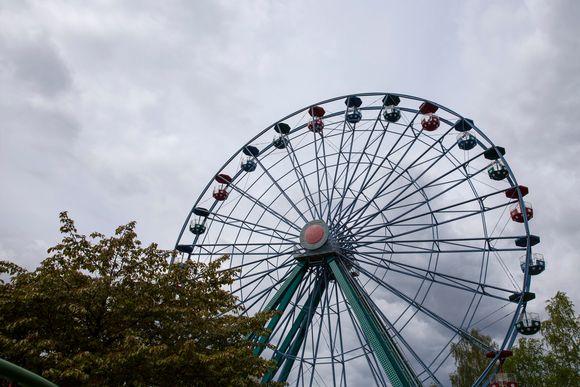Linnanmäen huvipuiston maailmanpyörä.