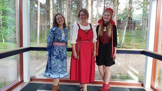 Sáárákáisá Seurujärvi, Minna Väisänen ja Teija Kaartokallio