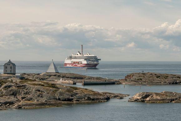 Viking Grace Maarianhaminan saaristossa