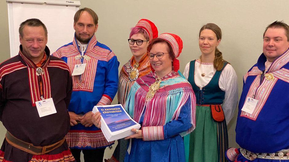 Juha Tornensis, Per-Antti Labba, Anni-Helena Ruotsala, Minna Näkkäläjärvi, Laura Olsén-Ljetoff, Tuomas Aslak Juuso.