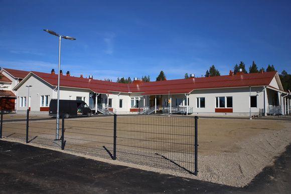 Karigasniemen uusi koulu.