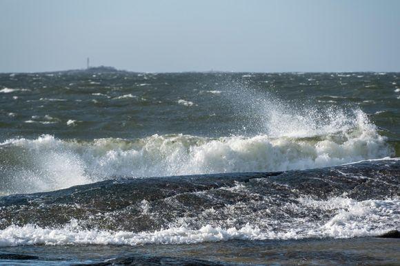 Kovaa tuulta Itämerellä.