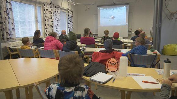 Metsästäjän tutkintoon tähtäävä kurssi Inarin Toivoniemessä syksyllä 2020