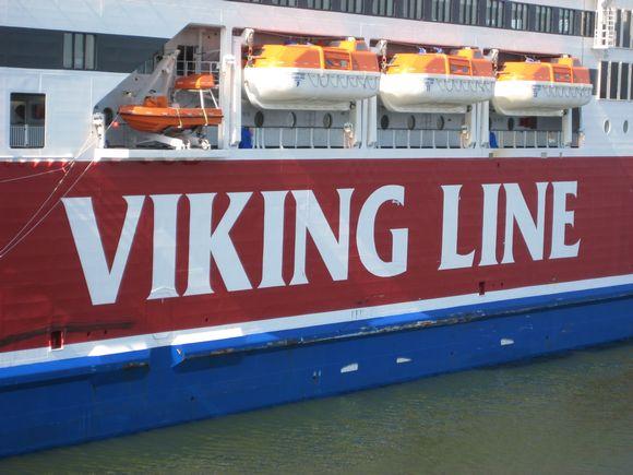Sivukuva Viking Linen laivasta.