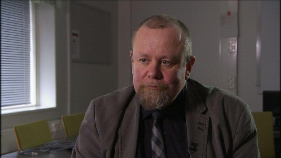 Hannu Lauerma, ylilääkäri, Turun psykiatrinen vankisairaala, THL:n tutkimusprofessori