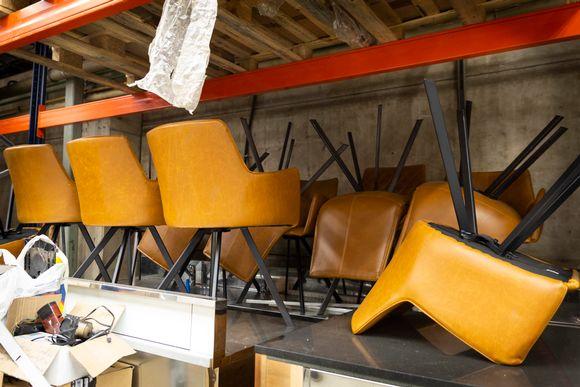 Konkurssiin menneen firman tuoleja