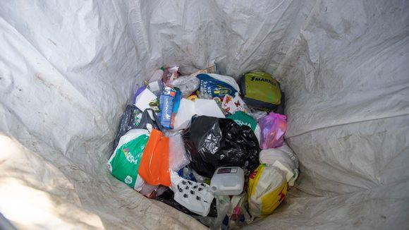 Muovin kierrätyspiste.