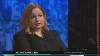 Ministeri Krista Kiuru (sd.) kommentoi A-studiossa kisaturistien koronatartuntoja.