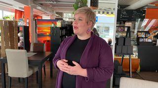 Valtiovarainministeri Anni Saarikko vieraili Kajaanissa maanantaina.