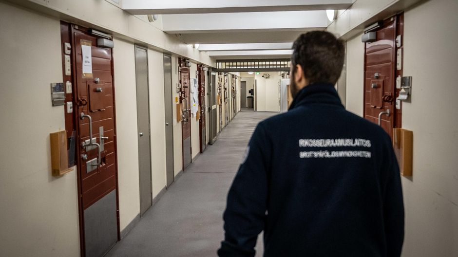 Image High cost of incarnation spurs more alternatives to prison