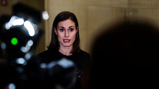Sanna Marin piti tiedotustilaisuuden Valtioneuvoston linnassa illalla 15. lokakuuta.
