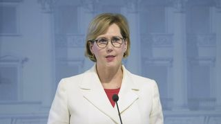 Työministeri Tuula Haatainen (SDP) Työkanava Oy:ta käsittelevässä tiedotustilaisuudessa Helsingissä 21. lokakuuta 2021.